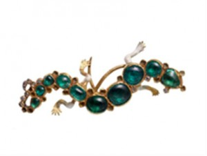 Emerald, diamond and enamel Salamander brooch © Museum of London