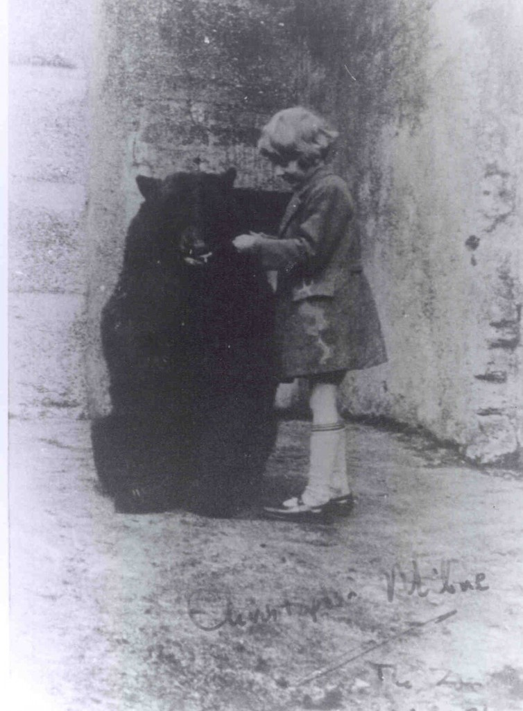 Winnie the bear and Christopher Robin. © ZSL London Zoo