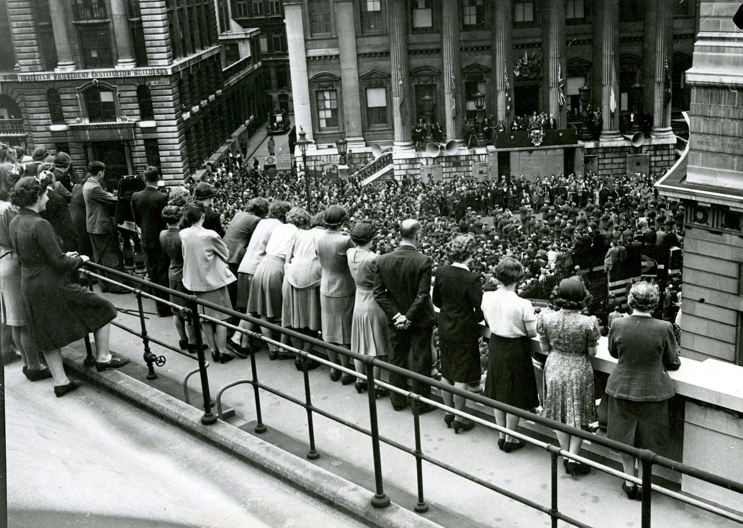 VE Day at the Bank (WARHO56)