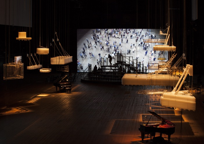 Exhibition view, Philippe Parreno, H {N)Y P N(Y} OSIS , Park Avenue Armory, 2015 © Philippe Parreno. Courtesy Pilar Corrias, Barbara Gladstone, Esther Schipper
